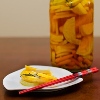 Quick Garlicky Pickles