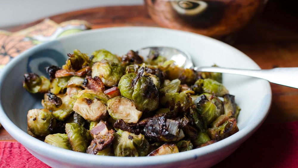 Roasted Brussels Sprouts with Garlic, Bacon and Balsamic Vinegar